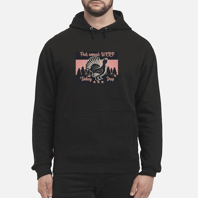 https://kingtees.shop/teephotos/2019/10/WKRP-First-annual-WKRP-Turkey-Day-Drop-hoodie.jpg
