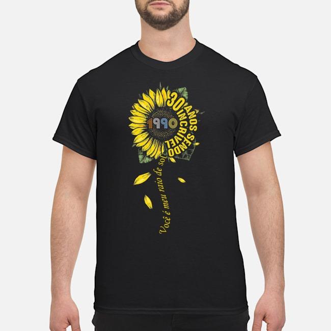 https://kingtees.shop/teephotos/2019/11/1990-Voce-e-meu-raio-de-sol-30-anos-sendo-incr%C3%ADvel-shirt.jpg