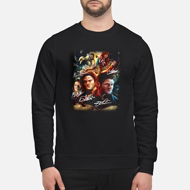 https://kingtees.shop/teephotos/2019/11/Supernatural-Family-Don%E2%80%99t-End-With-Blood-Signatures-sweater.jpg