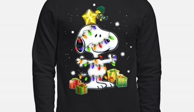Woodstock Decorates Snoopy With Christmas Lights Sweater
