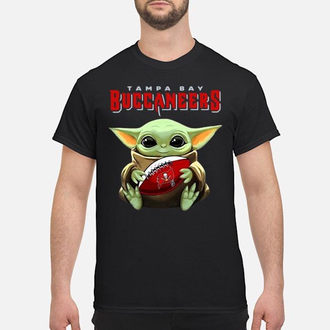 Baby Yoda Hug Tampa Bay Buccaneers Shirt