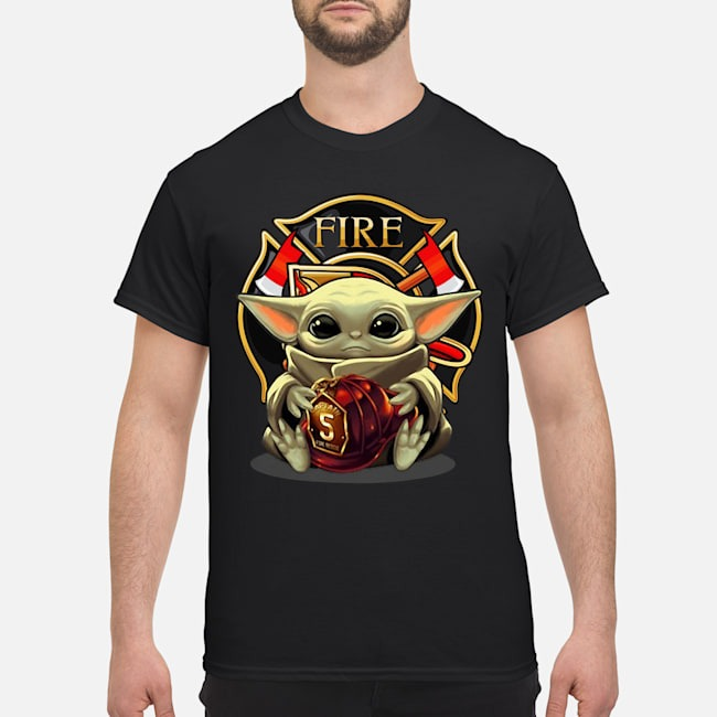 https://kingtees.shop/teephotos/2019/12/Baby-Yoda-hug-Fire-Shirt.jpg