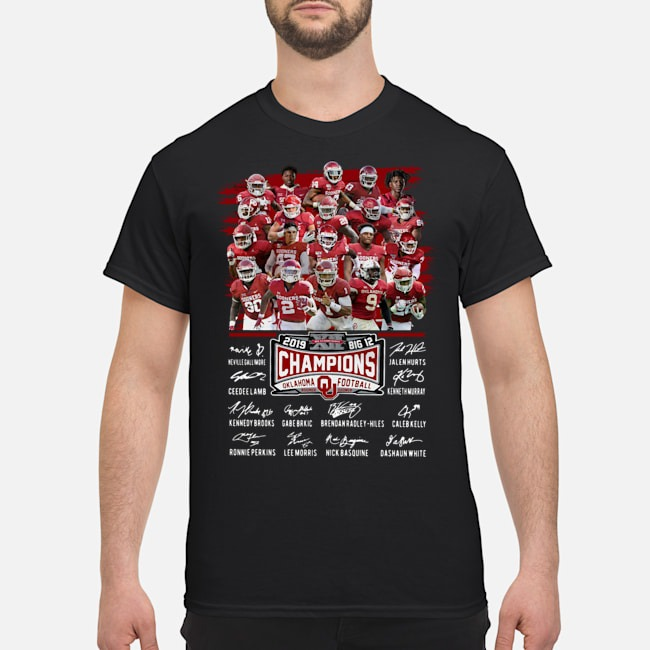 https://kingtees.shop/teephotos/2019/12/Players-Team-Oklahoma-Sooners-Football-Champions-2019-Big-12-Signatures-Shirt.jpg